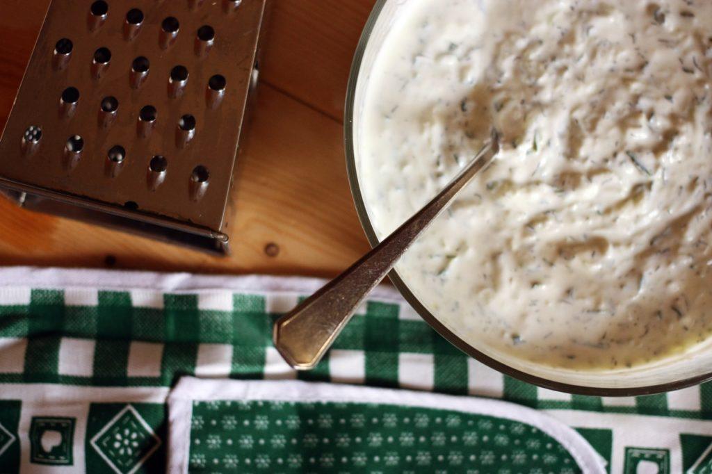 Ricetta dello tzatziki semplice e con pochi ingredienti