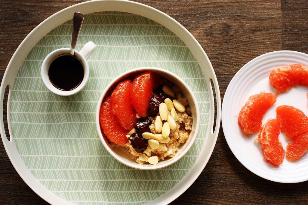 Come cucinare il porridge per colazione