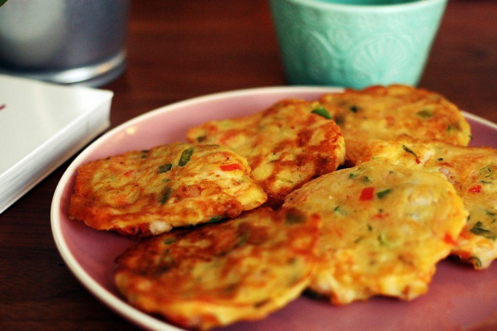 pancake ai frutti di mare, cotti in padella, ricetta coreana