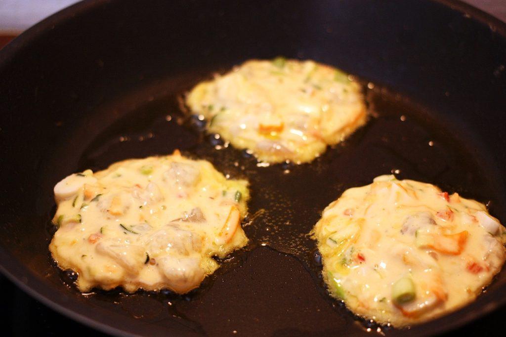 pancake ai frutti di mare cotti in padella