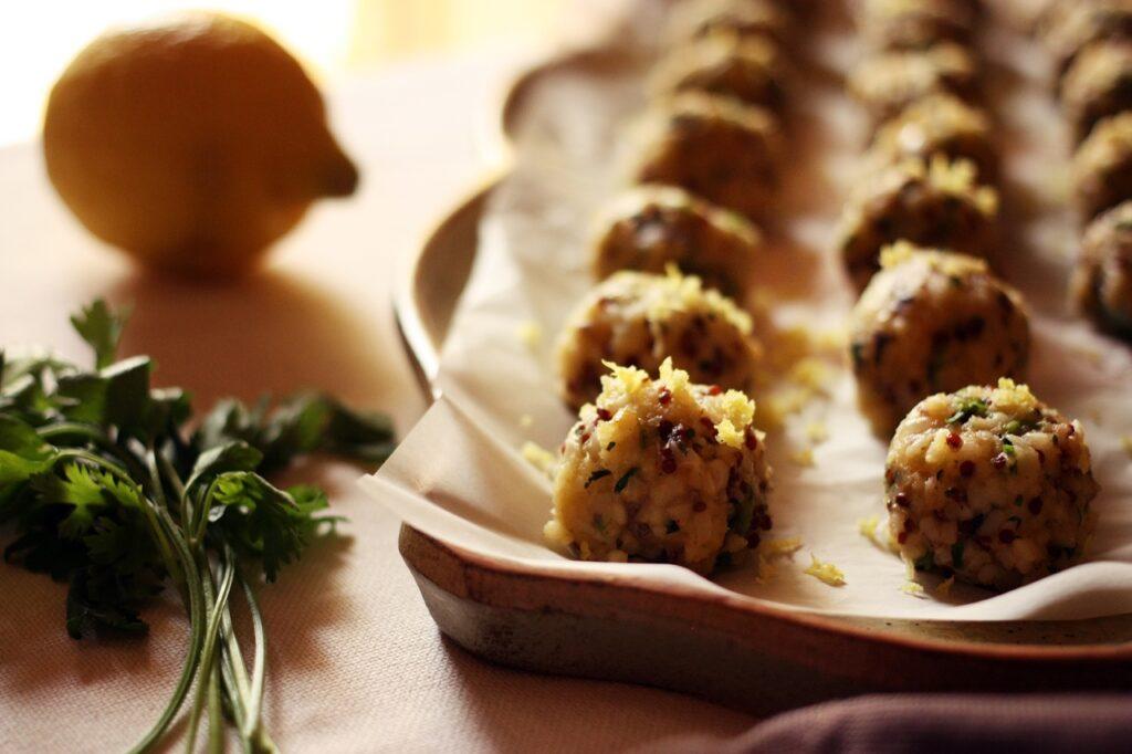 polpette vegetariane con bulgur e quinoa